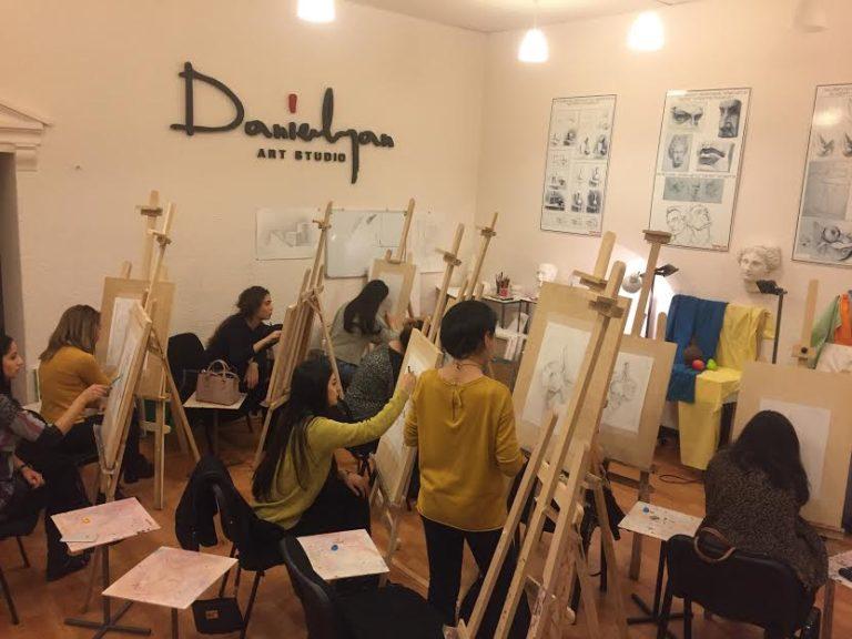 Նոյեմբերի 5-ին Դանիելյան Արվեստի Կենտրոնում տրվեց նկարչության մեկամսյա դասընթացների մեկնարկը մեծահասակների համար...