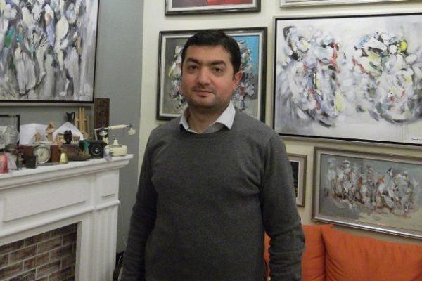 «Ստիպված և պլանավորված աշխատանքը զուրկ է անկեղծությունից: Իսկ ես ավելի կողմնակից եմ աշխատանքի հետ անկեղծ լինելուն»,– haymedia.am -ի թղթակցի հետ զրույցում անկեցծացավ նկարիչ Արամ Դանիելյանը