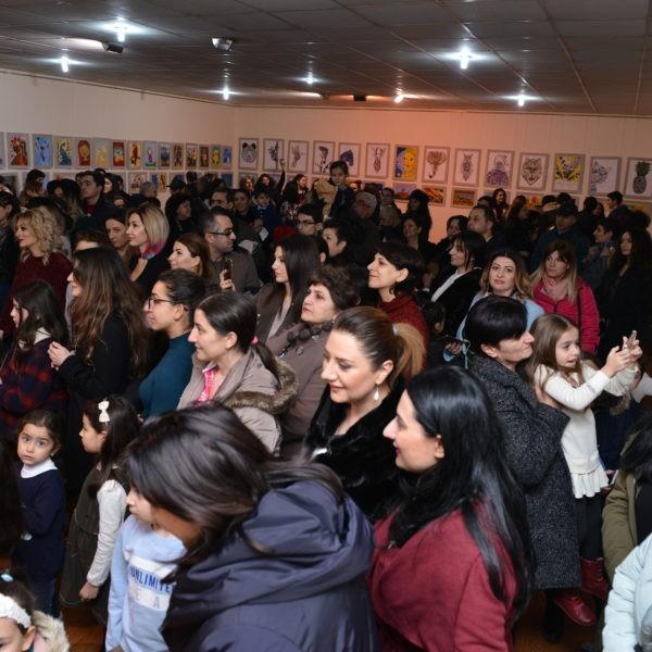 Հայաստանի նկարիչների միությունում մեծ հանդիսավորությամբ բացվեց «Դանիելյան» արվեստի կենտրոնի սաների ամենամյա հաշվետու ցուցահանդեսը (VIDEO, PHOTO)