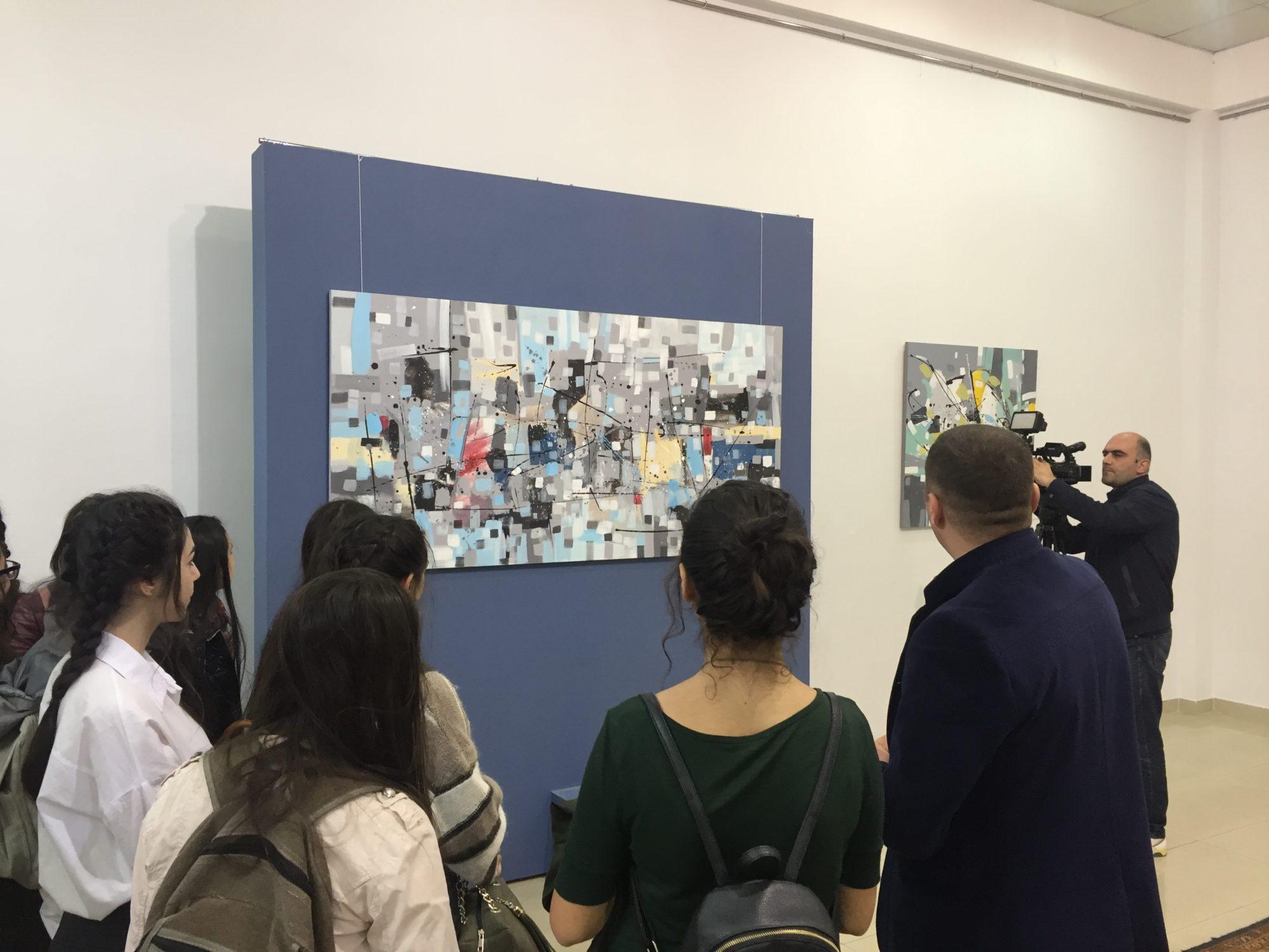 Նկարիչ Արամ Դանիելյանի աշխատանքները՝ հանրապետական երիտասարդական ցուցահանդեսին